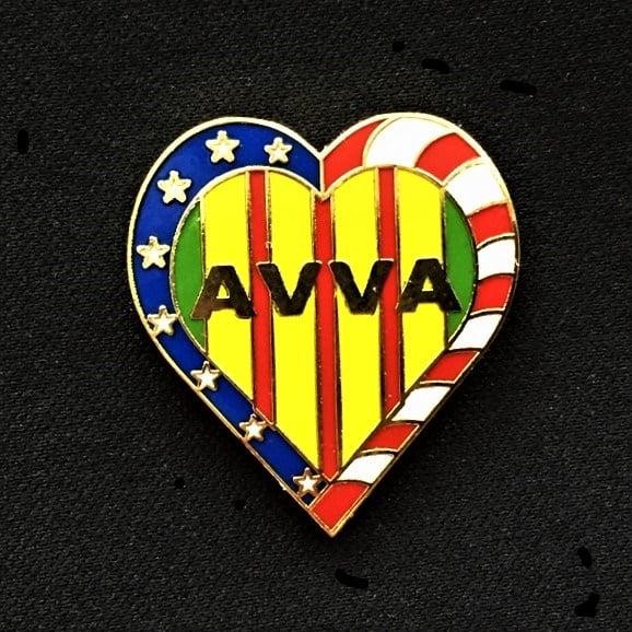 Image of AVVA Heart Pin