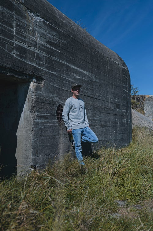 Image of Monkey Climber Scratch The Surface crewneck I Mid Heather Grey