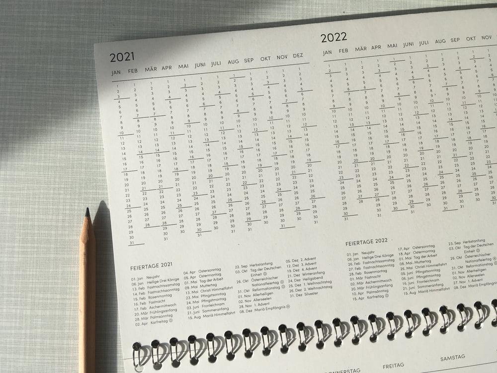 Image of Tischkalender 2021 Hellgrau