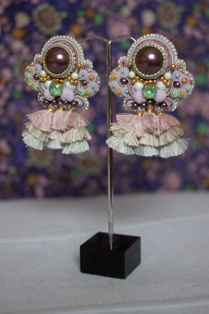 Image of Probably Sorry - Grandes boucles brodées