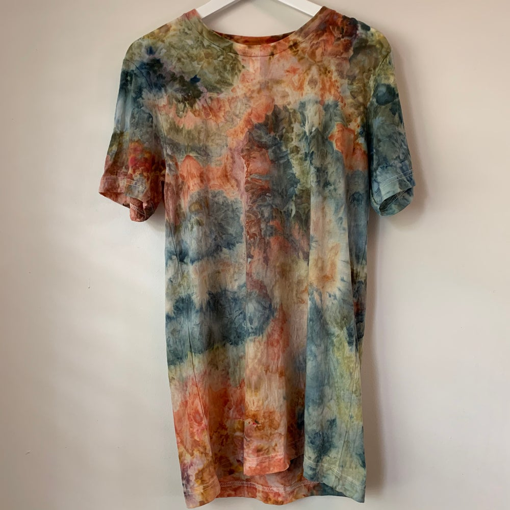 Image of Tie Dye Medium 1 of 1 (Catalina)