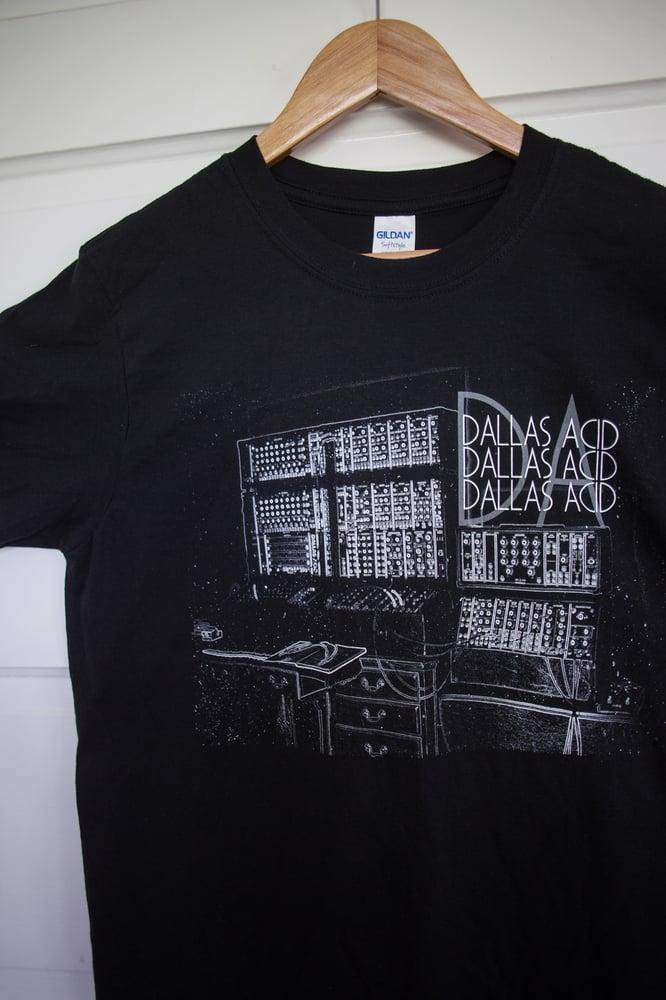 "Image of Dallas Acid's Analog Synthesizer ""The Brain"" T-Shirt"