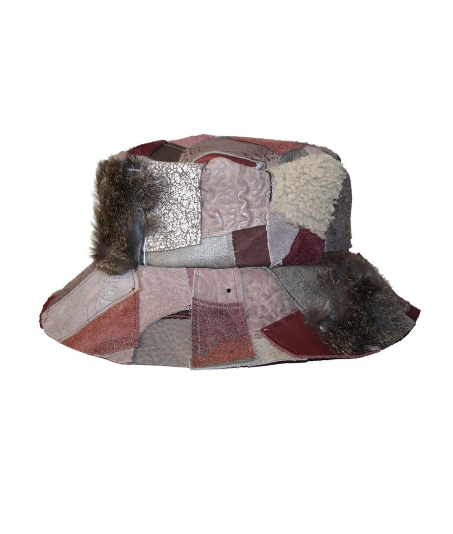Image of LEATHER BUCKET HAT (WINE SPILL)