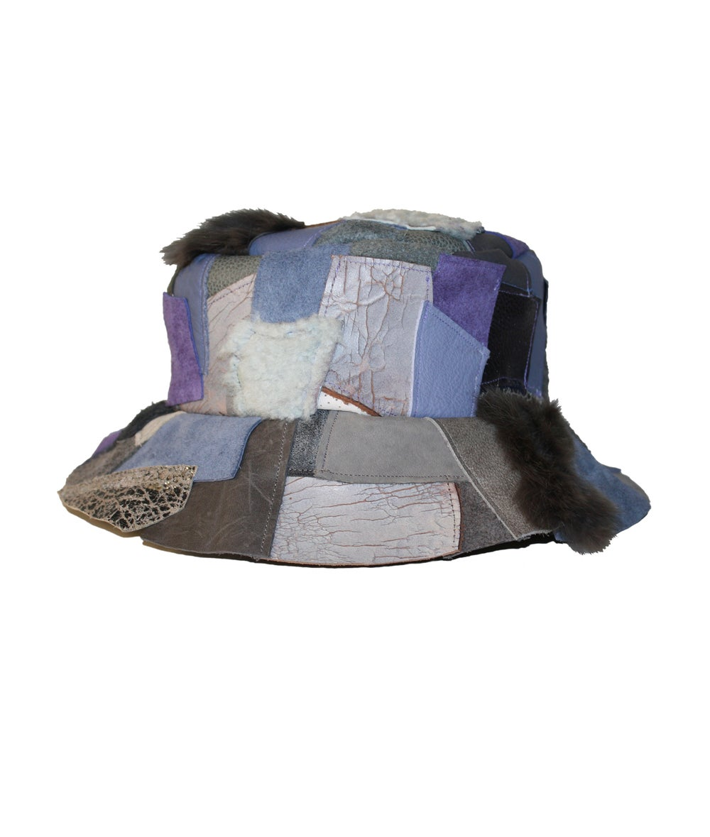 Image of LEATHER BUCKET HAT (BERRY-WINKLE)
