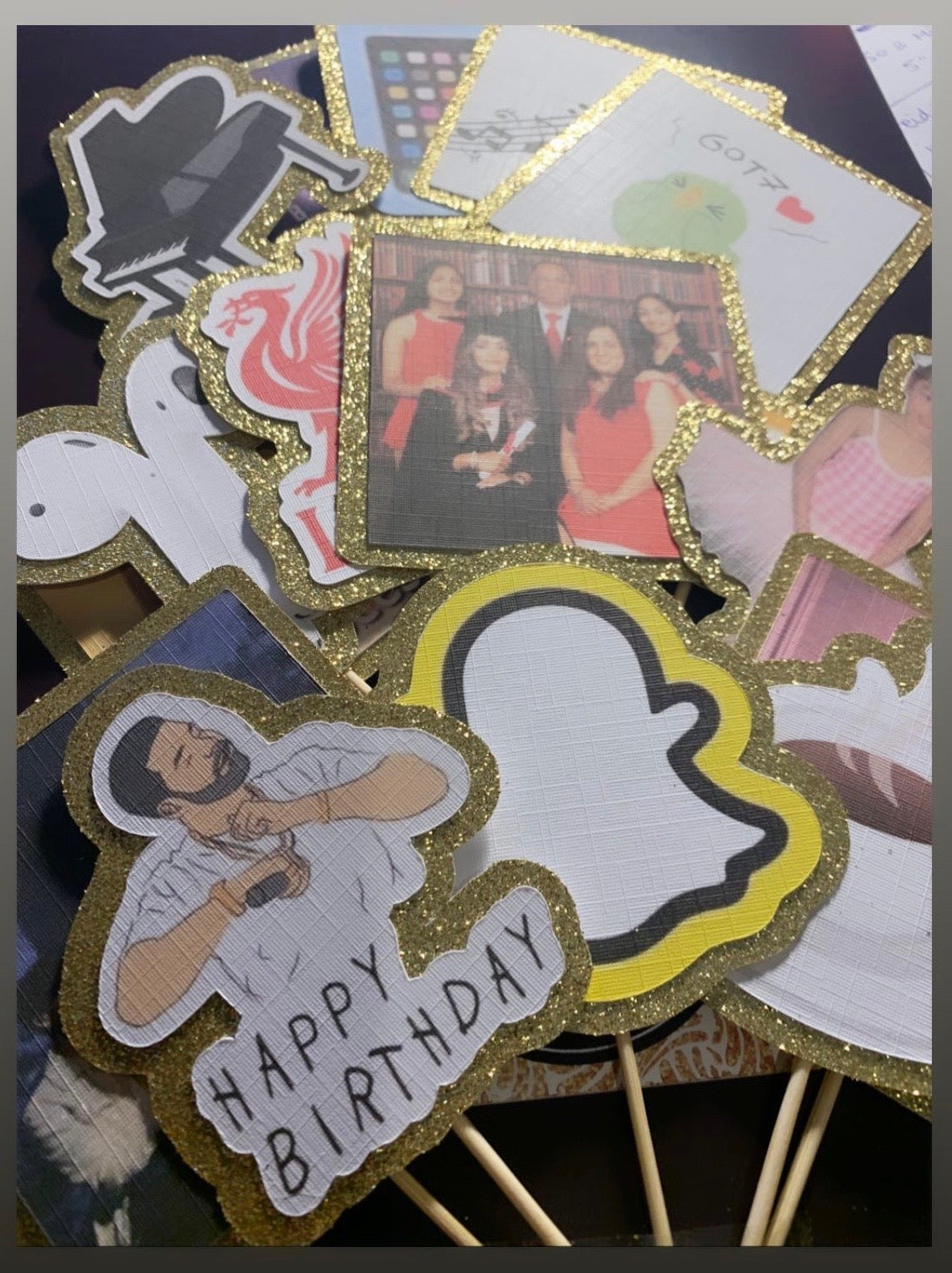 Image of Your own photos as mini toppers (pack of 6)