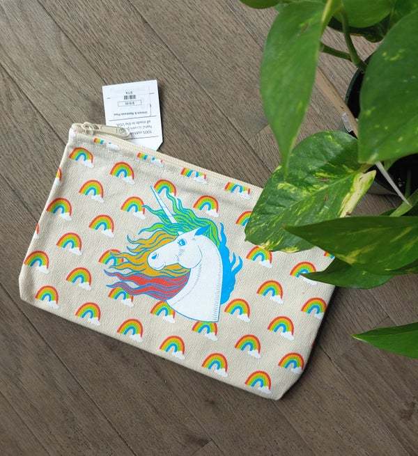 Image of Rainbows & Unicorn Zipper pouch