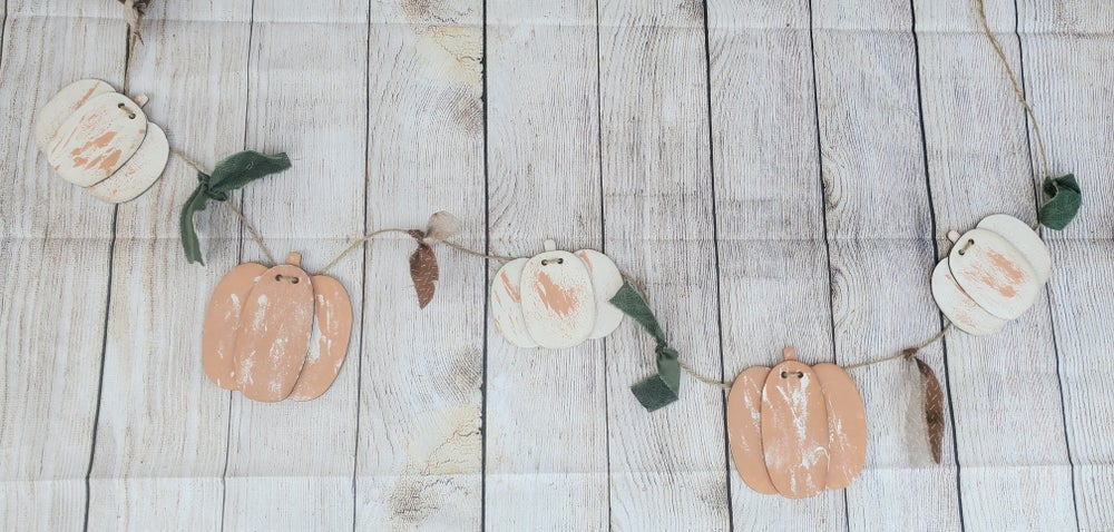 Image of Layered Wooden Pumpkin Garland - Craft at Home Kit
