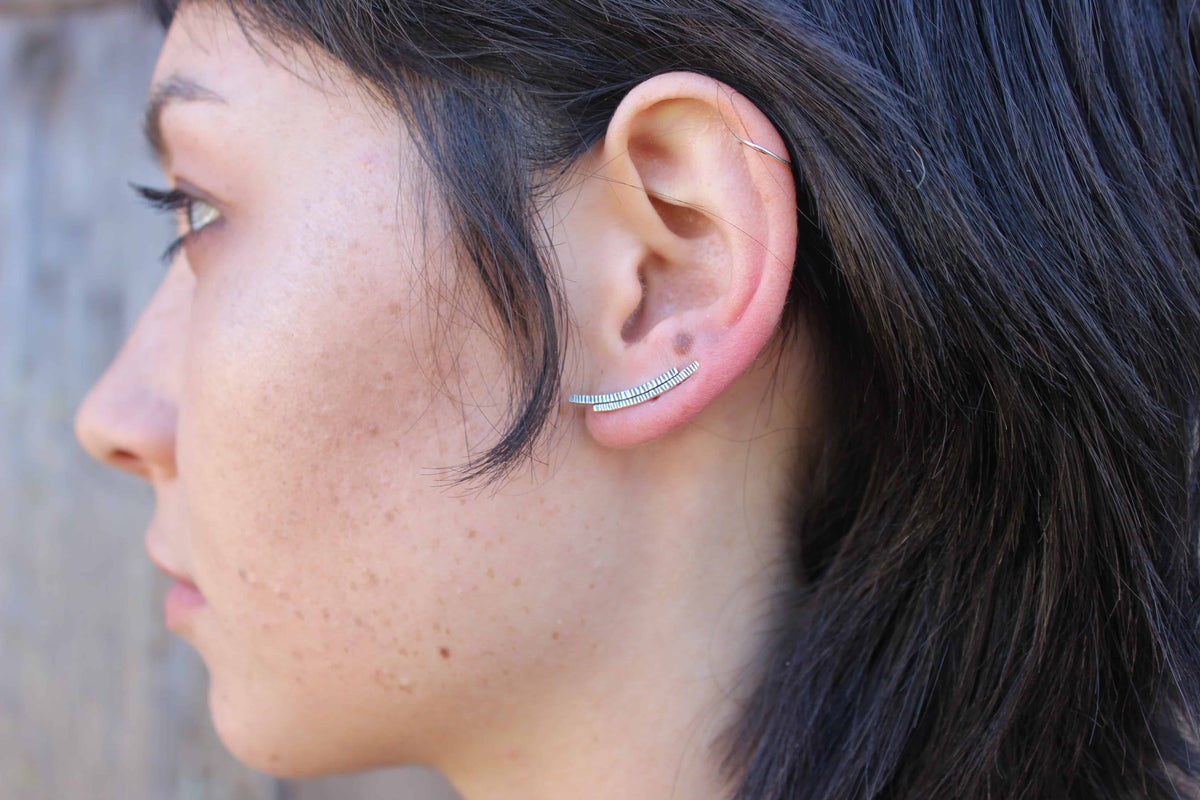 Image of Etched Bar Ear Climber