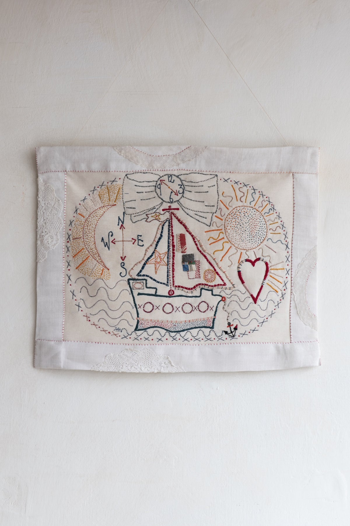 Image of 'Le Voyage' large embroidery template