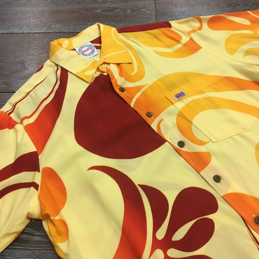 Image of Plumeria Haze Men's Aloha Shirt