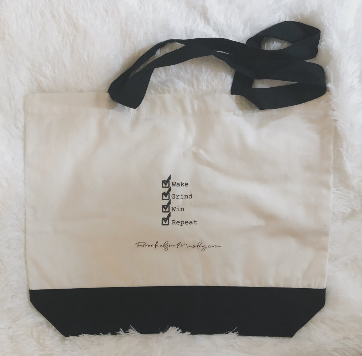 Image of Brookelynite Tote (Joi)