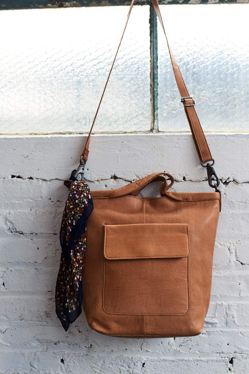 Image of Bianca Leather Crossbody Tote - Cognac