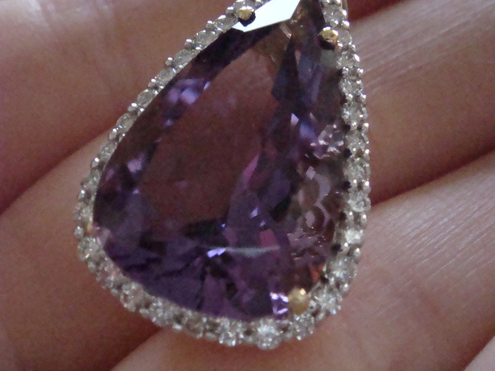 Image of Lovely large 18ct yellow gold natural amethyst 8.00ct + and diamond 0.50ct pendant