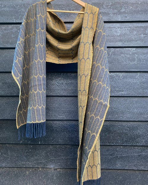 Image of Indigo & Mead 'Feathers' shawl