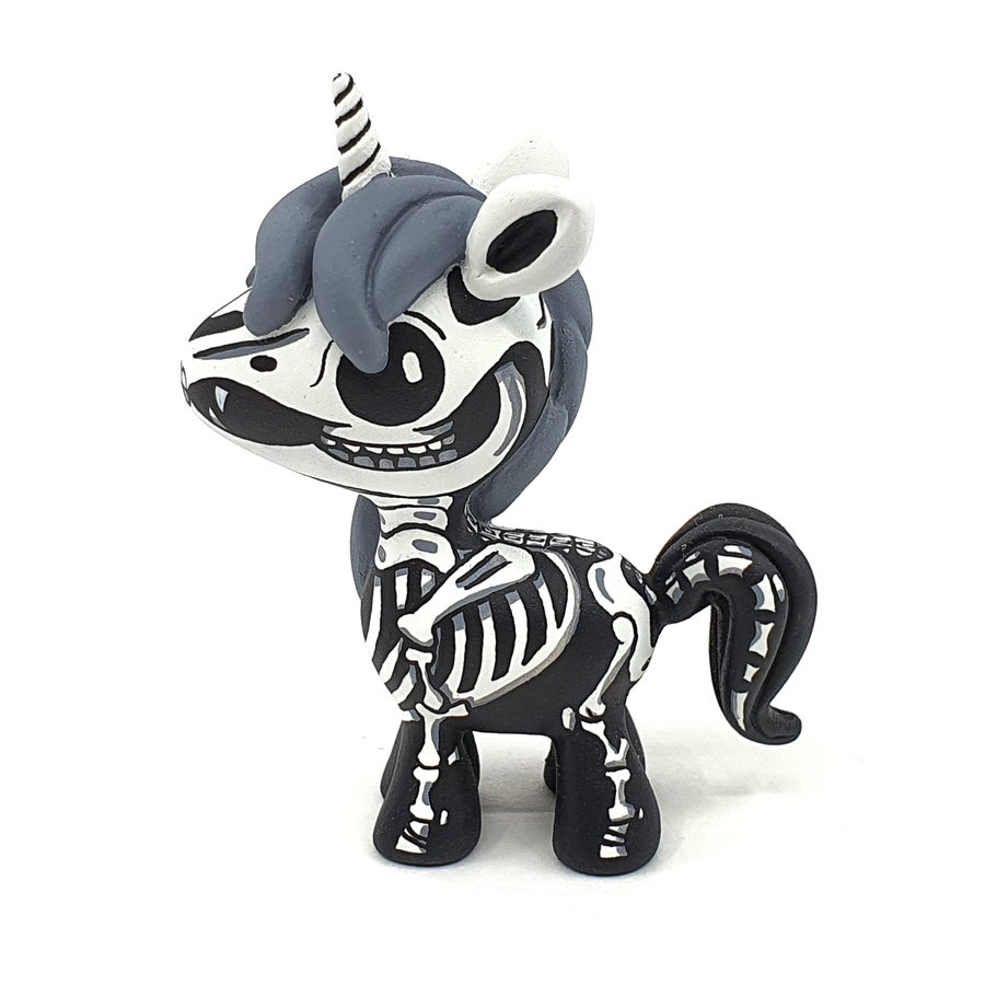 "Image of 3"" Resin Skeleton Unicorn Designer Toy"