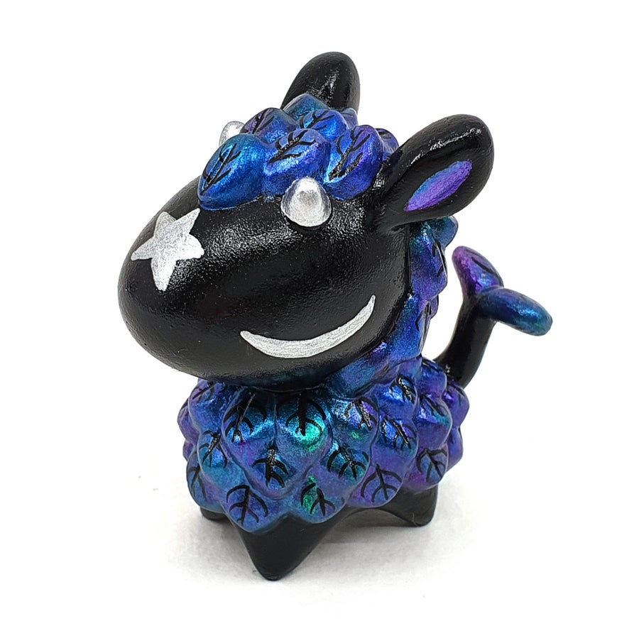 "Image of 2 1/16"" Midnight Lil Lleafi - designer toy"