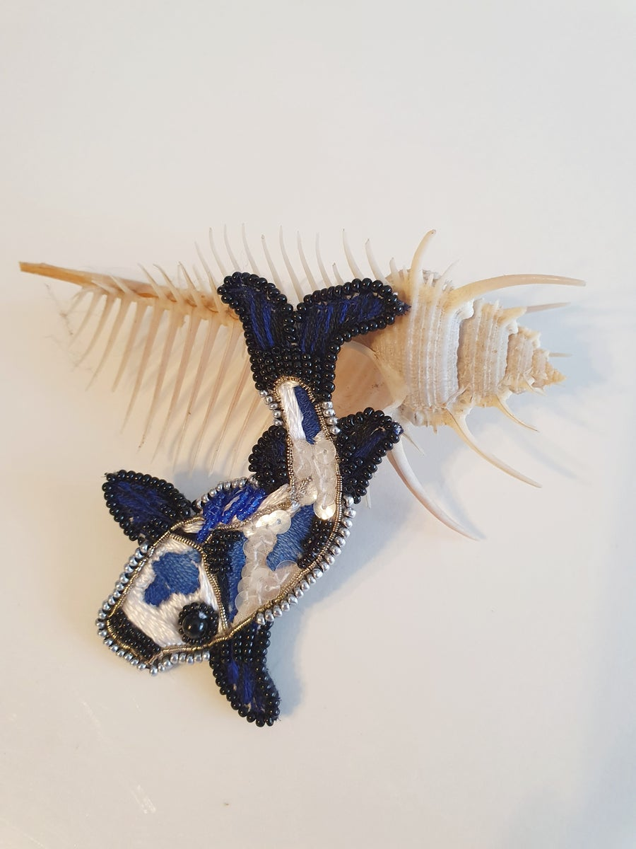 Image of Broche Pins CARPE KOÏ bleue