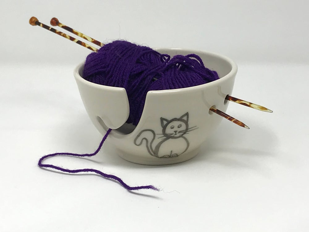 Image of Cat decorated STRING Bowl