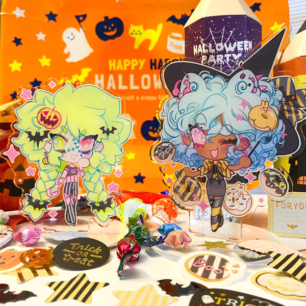 Image of Toby and Future Chibi Halloween Standees