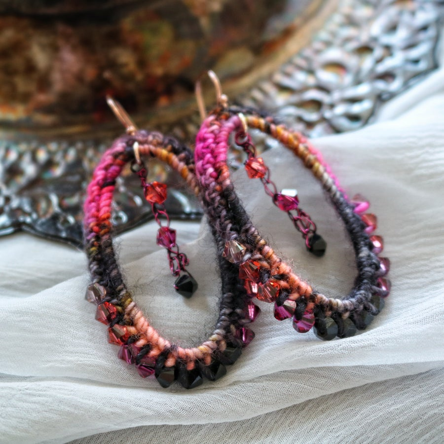 Image of VIGNETTE EARRINGS - Embers