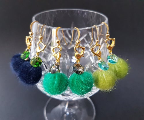 Image of CRYSTAL POM-POM STITCHMARKER EARRINGS