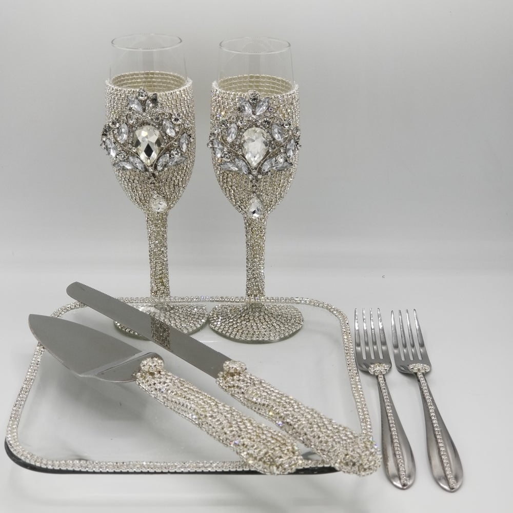 """Cake Table Dream"" Rhinestone Collection 7 Piece Set"