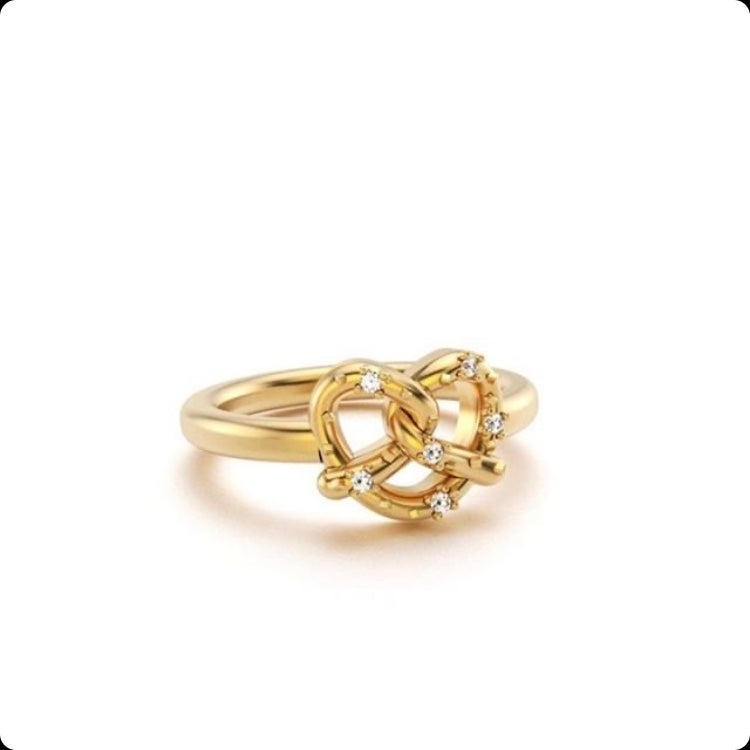 Image of Philly Pretzel Ring with Diamonds