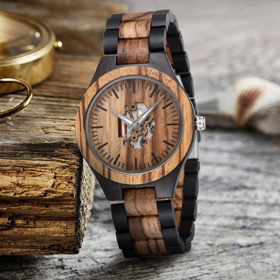 "Image of The ""Earthquake"" Mens Wooden Watch"