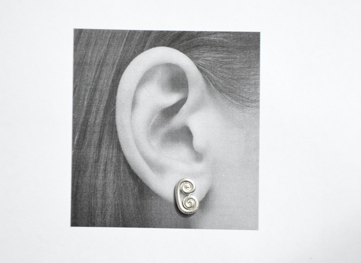 Image of Spiral earrings