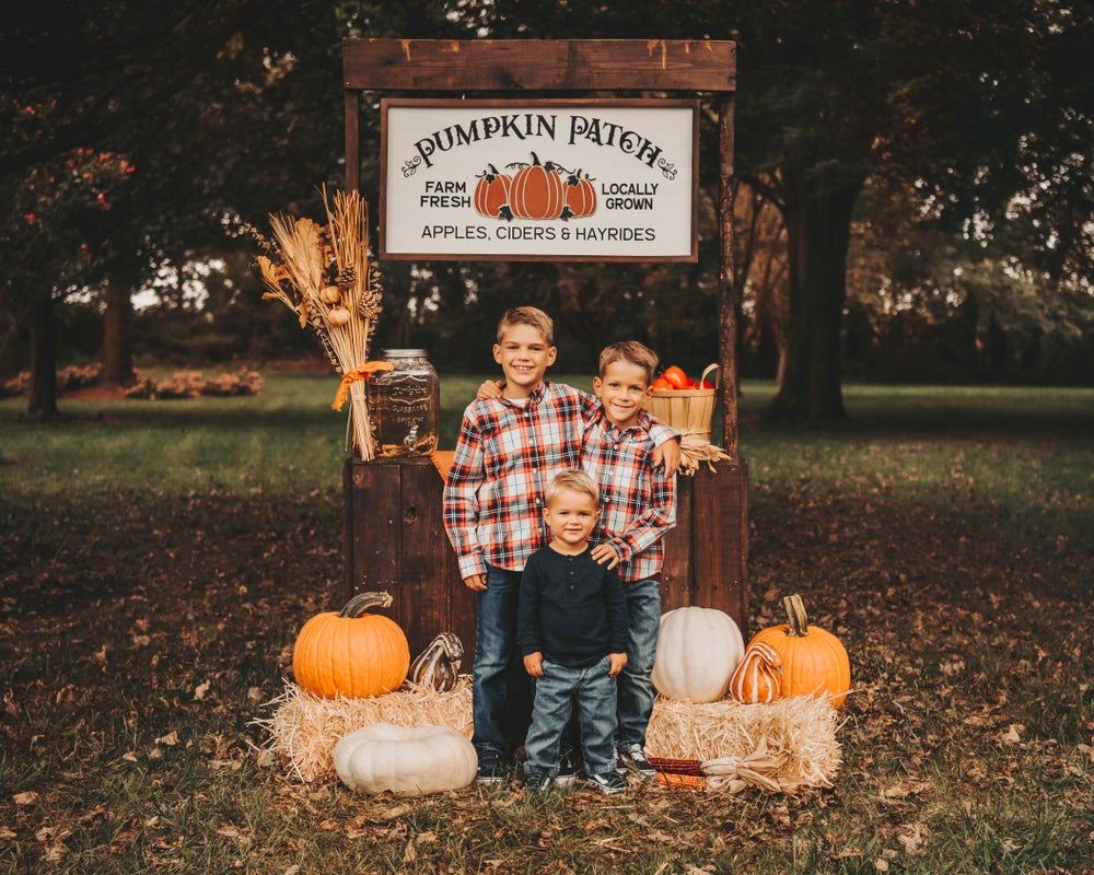 Image of Fall Mini Photo Session - Outdoor (Wyoming) - Sunday, October 18th