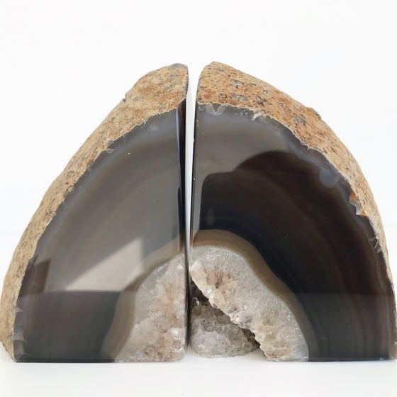 Image of AGATE/QUARTZ BOOKENDS NO.07