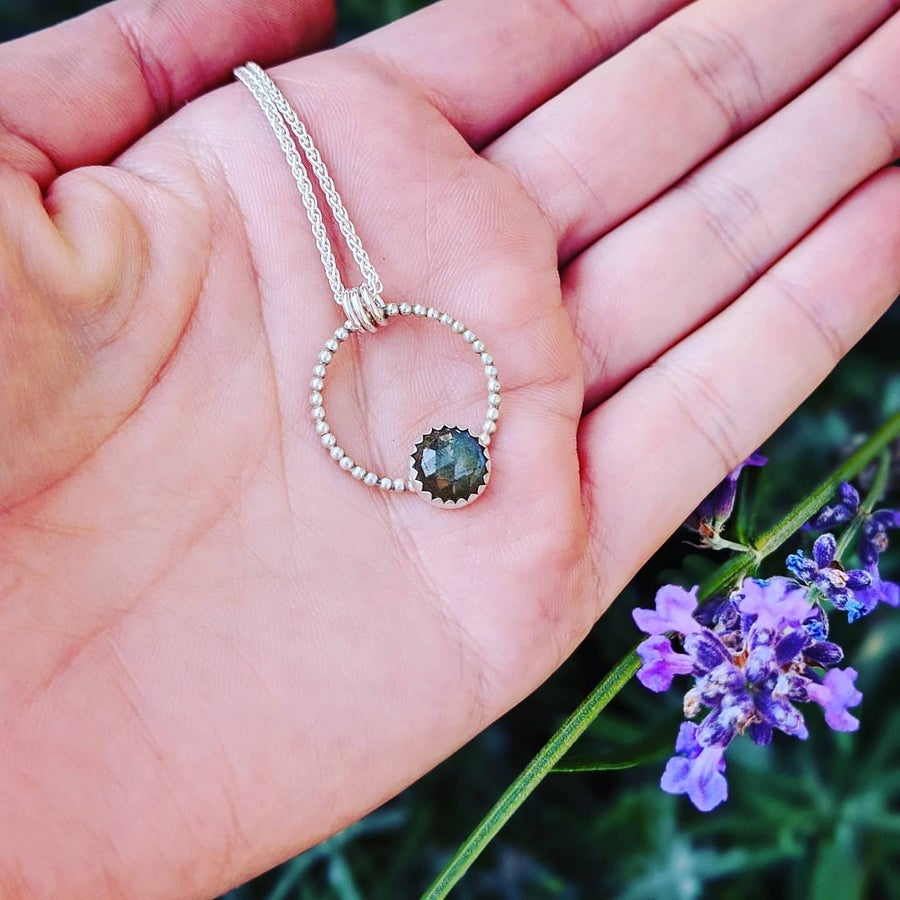 Image of Canadian Labradorite Pendant Necklace