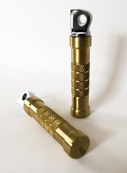 Image of [DSC] Brass Barrel Pegs