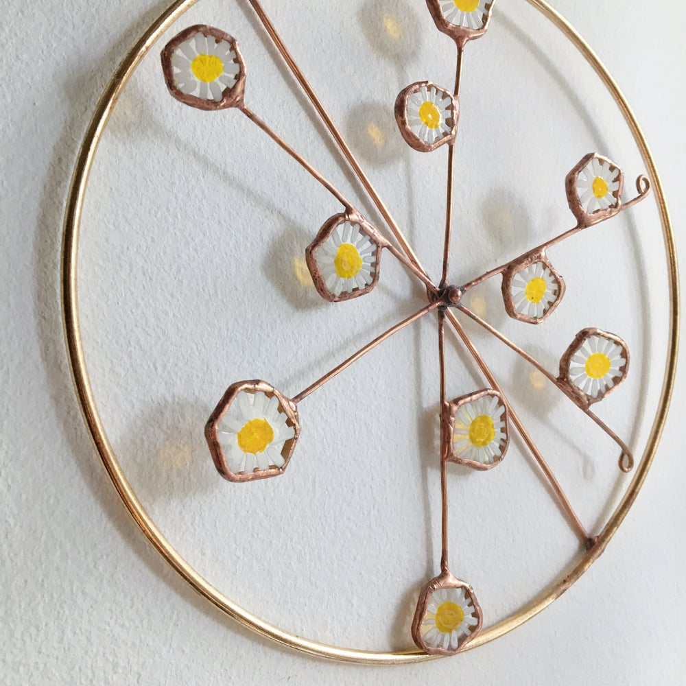 Image of Camomile Spinning Wreath no.1