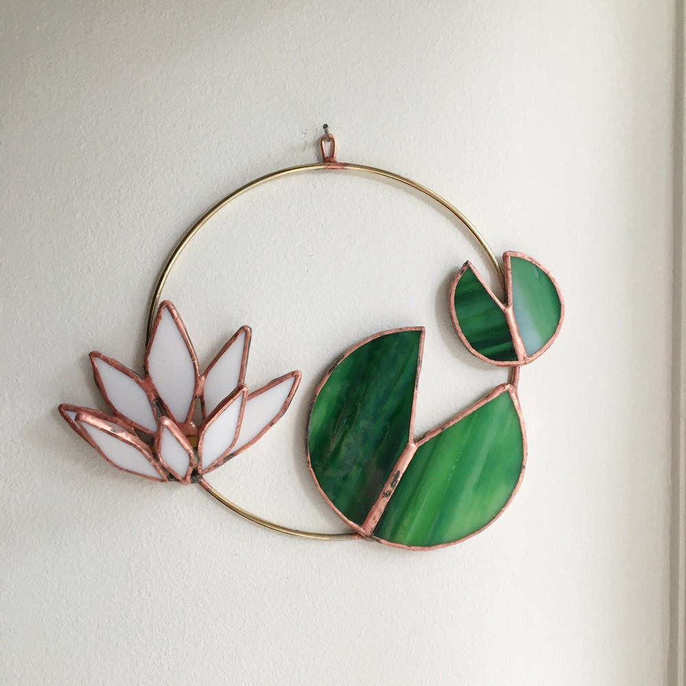 Image of Water Lily Wreath no.1