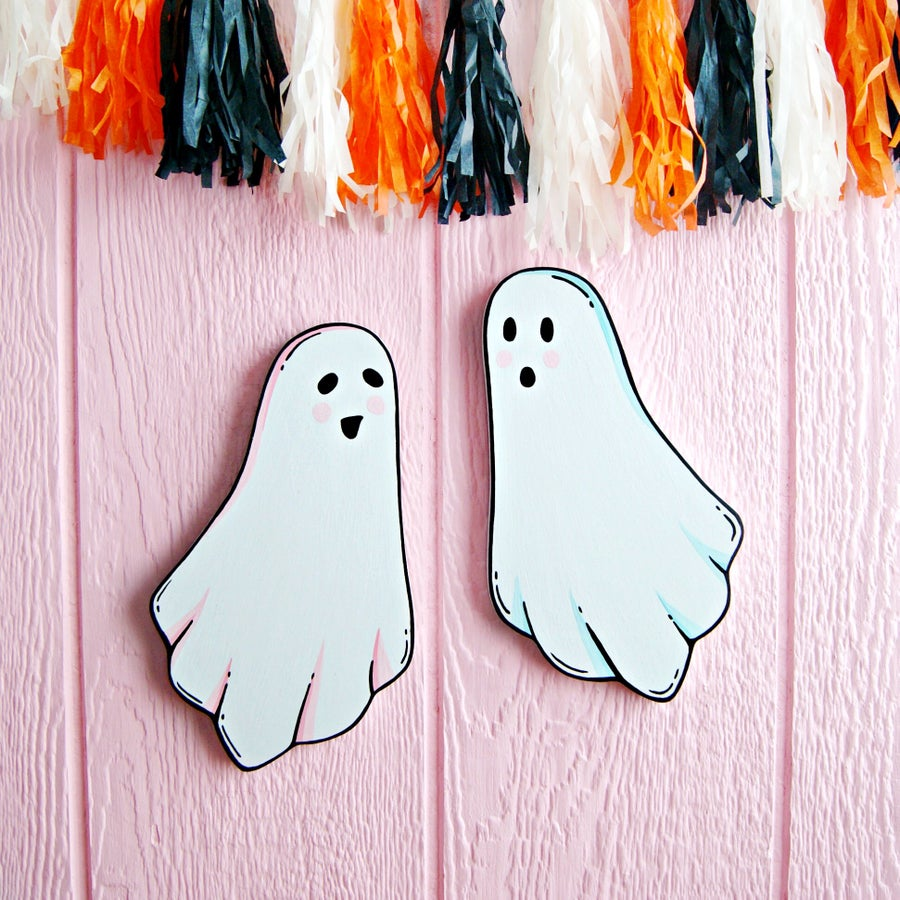 Image of Cute Ghostie plaque (your choice pink or aqua)