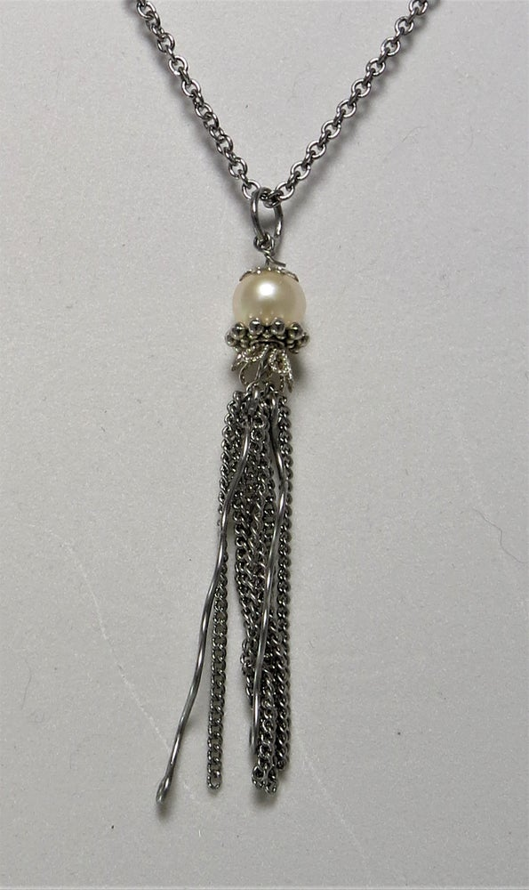 Image of Pearl Jellyfish Necklace