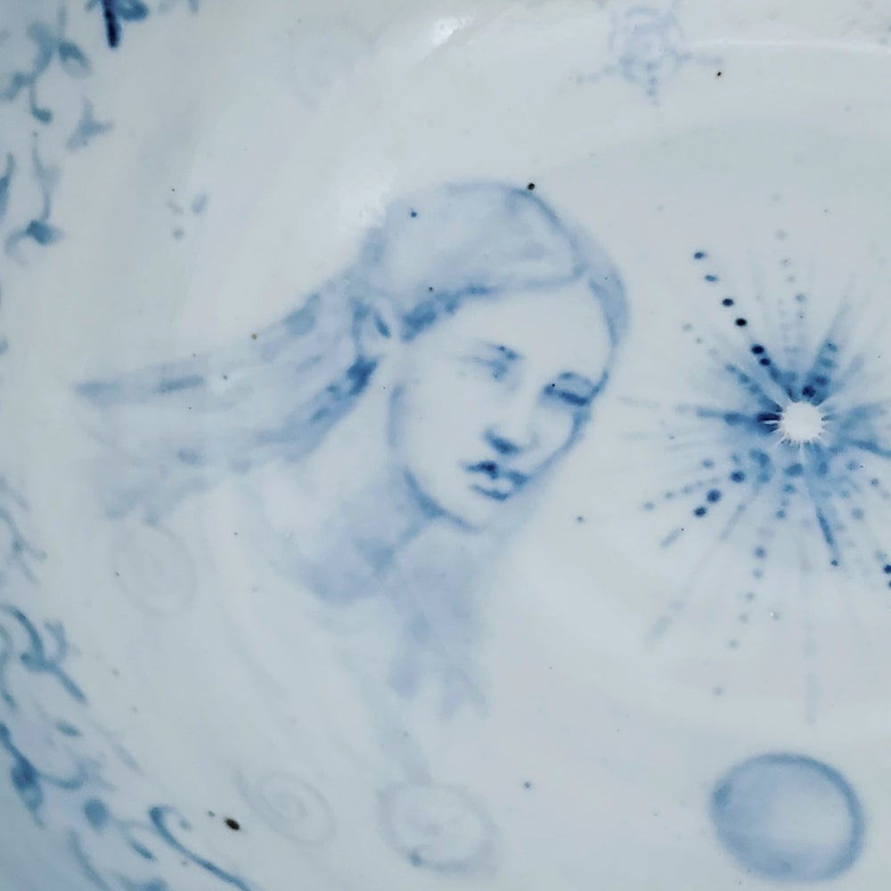 """Image of """"Dreaming of a Stardust Sister"""" Porcelain Bowl"""