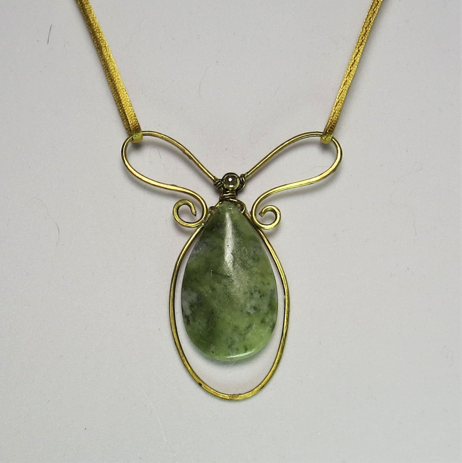 Image of Supreme Green Serpentine Necklace