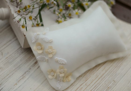 Image of Couture pillow set ( white)