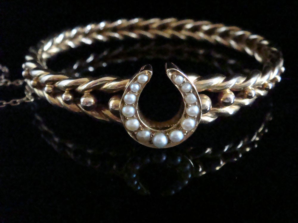 Image of Victorian 15ct yellow gold seed pearl horseshoe bangle 15.2g original fitted case