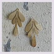 Image of Pendentifs: leaf or ginkgo