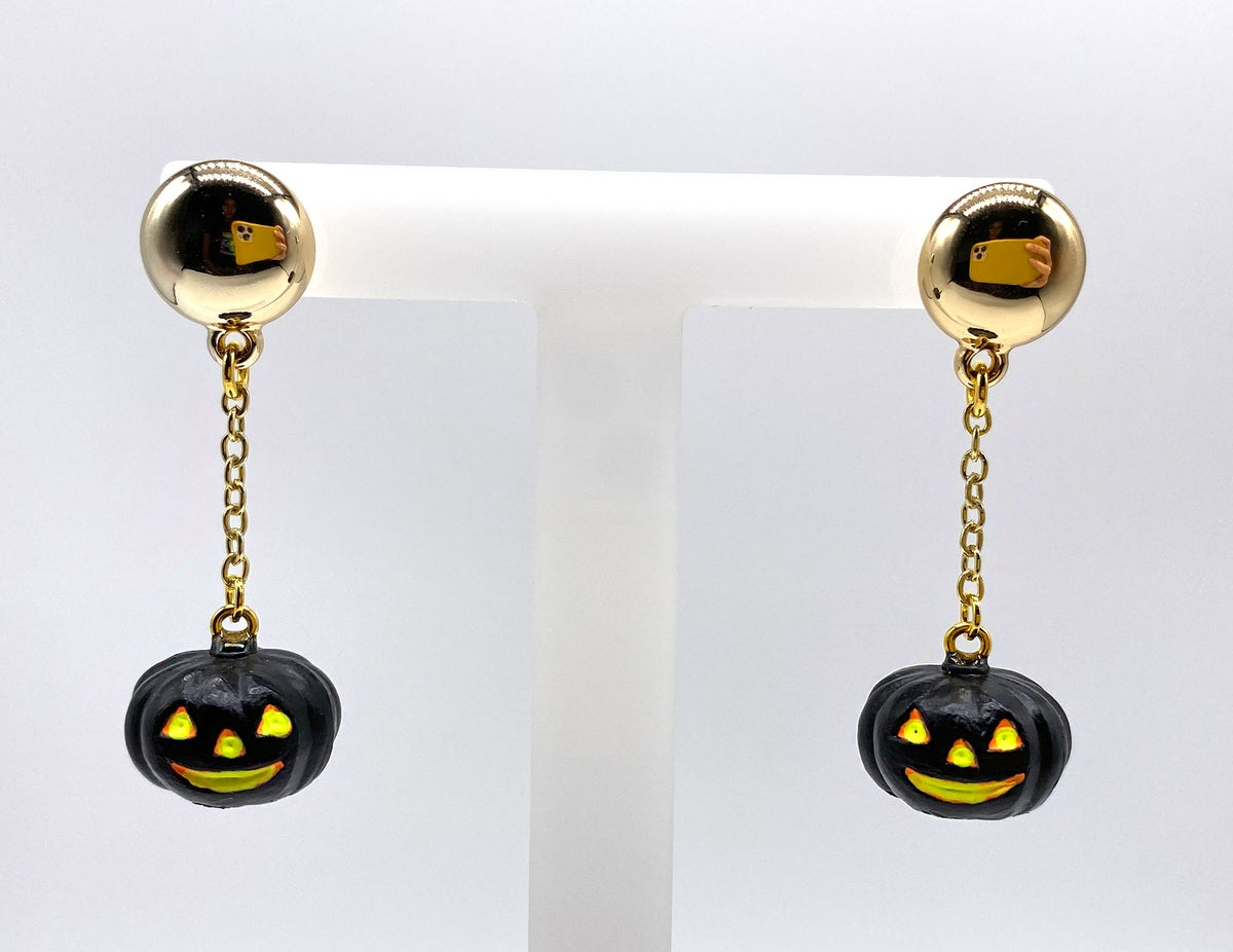 Image of HALLOWEEN PUMPKIN DANGLE EARRINGS Black