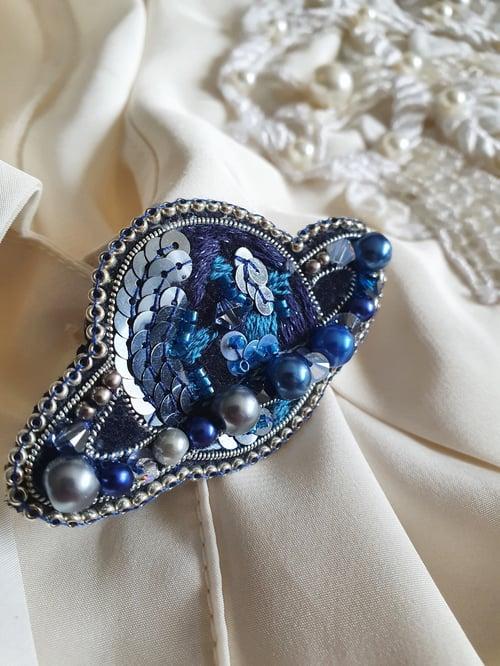 Image of Broche Chic Planète bleue