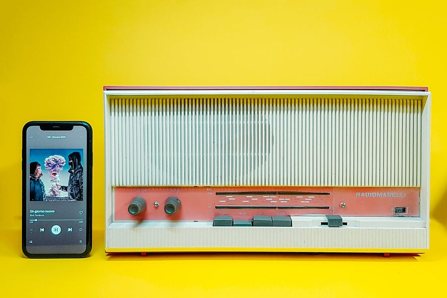 Image of RADIOMARELLI RD230 (1962)  RADIO VINTAGE BLUETOOTH