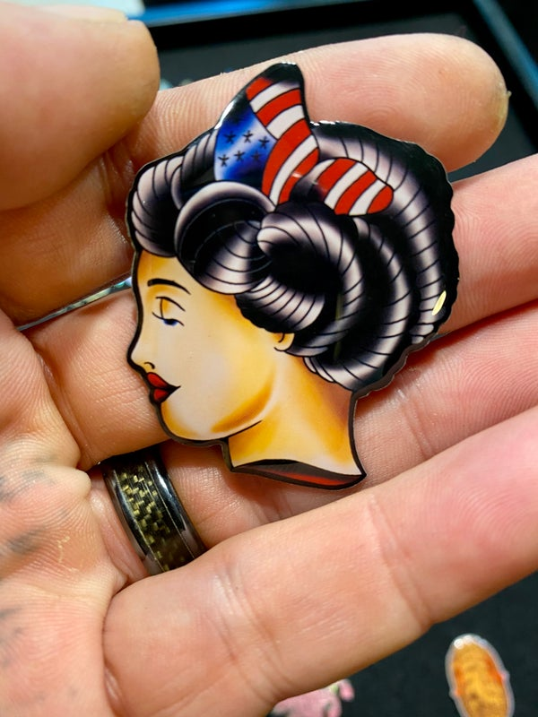 "Image of Lady liberty LE50  2"" inch pin"