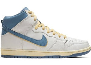 Image of Nike sb Dunk High Atlas