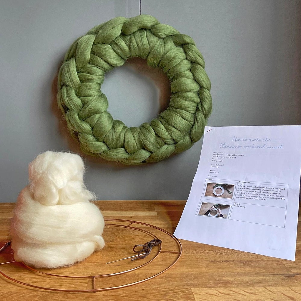 Image of DIY crocheted wreath