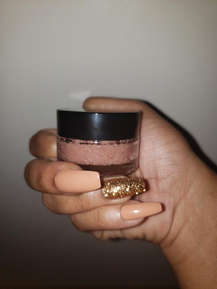 Image of Lip Scrubs