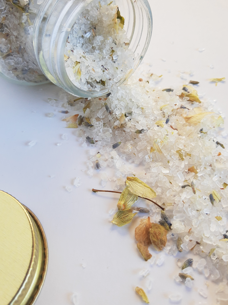 DEEP REST SOAKING SALTS
